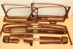 restaureren houten auto interieurs, dashboard, raamlijsten, youngtimer, oldtimer, vernis, blanke lak, professioneel, hout, notenhout, beitsen