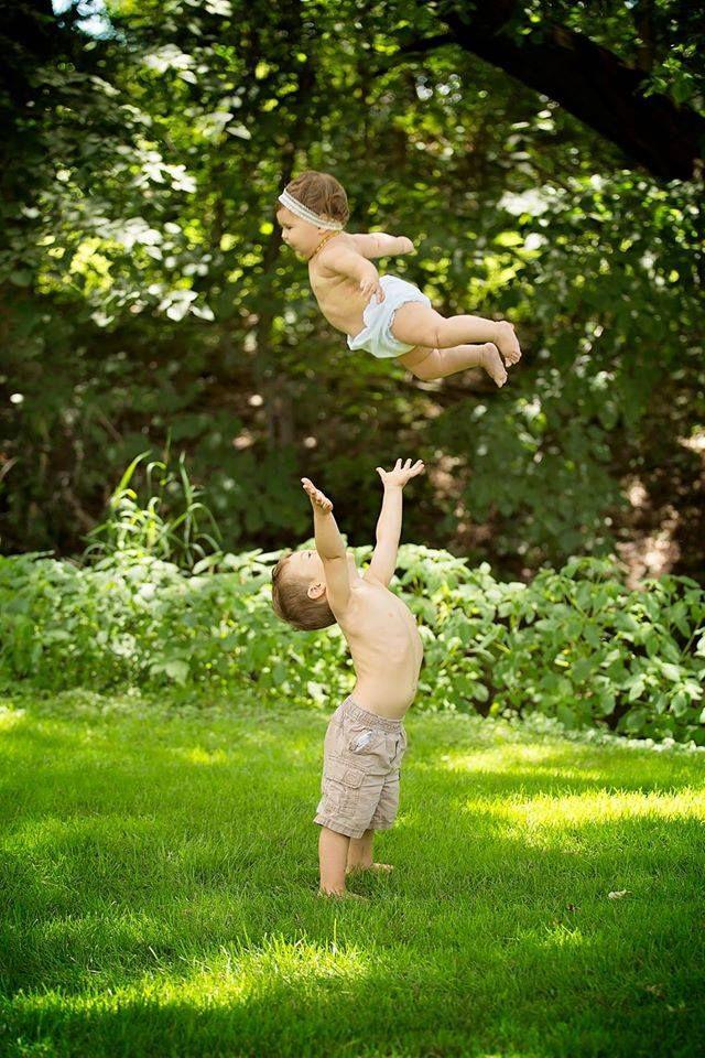 Lisa Karr Photography, Beloit, Wisconsin Photographer, Child, Newborn, Family, Toddler boy and girl