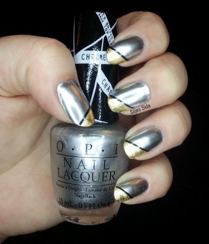 Fabulous silver and gold nails. OPI - Push and Shove, gold leaf and nail art tejp. Fantastiska silver och guldnaglar.