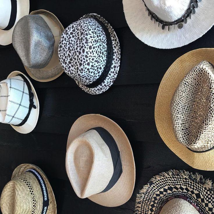 Decoratie door hoeden