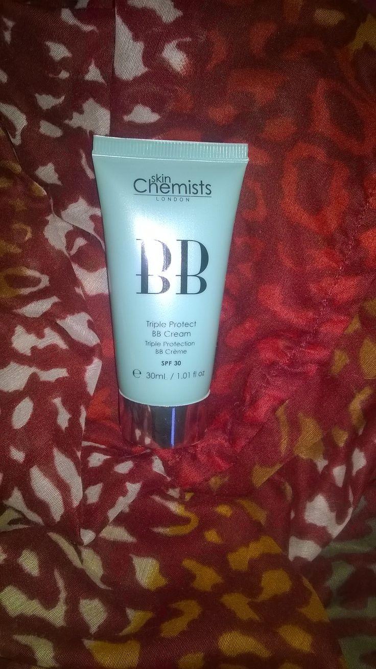 https://ju2pamplemousse.wordpress.com/2014/12/15/ma-nouvelle-alliee-pour-cet-hiver-triple-protection-bb-cream-de-skin-chemists-concours/