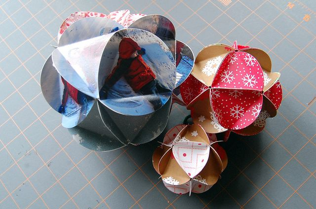 Paper Ball Ornaments - a real favorite craft of mine. Martha Stewart