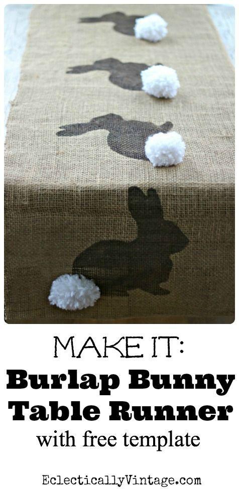 DIY Jute tafelloper voor Pasen met Paashaasjes en pompoms. // via Kelly Elko