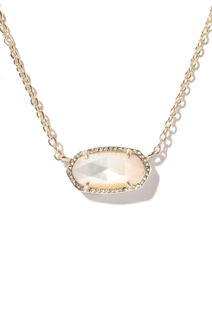 Layer on the gold necklaces! Kendra Scott Elisa Oval Pendant Necklace | South Moon Under