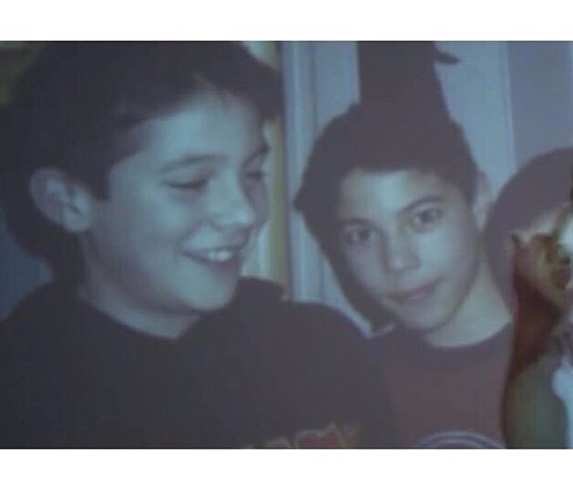 Les petits Ken Samaras (à gauche) et Framal de l'Entourage (à droite).