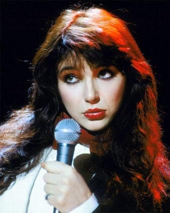 Kate Bush: Nadat in 1978 haar prachtige debuutalbum 'The Kick Inside' verscheen, was ik in meerdere opzichten direct gek op Kate. Hoef ik verder vast niet uit te leggen :)