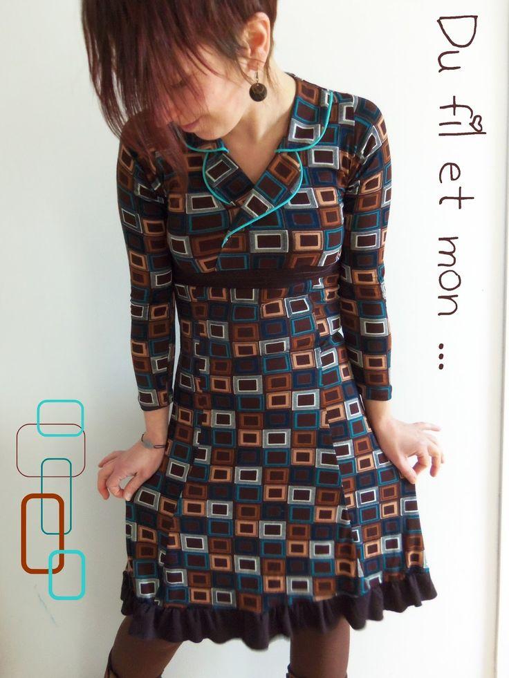 Il fallait bien que je m'y mette un jour ...  Je bave depuis longtemps devant les robes CLIC  de Kinga Anna et son blog MyMy Sysler  Foui...