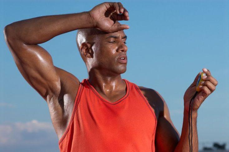 Los mejores ejercicios de entrenamiento por intervalos para quemar grasa. El entrenamiento por intervalos de alta intensidad, o HIIT, por sus siglas en inglés, fue desarrollado por el Dr. Izumi Tabata e investigadores del National Institute of Fitness and Sports en Tokio. Los entrenamientos del ...