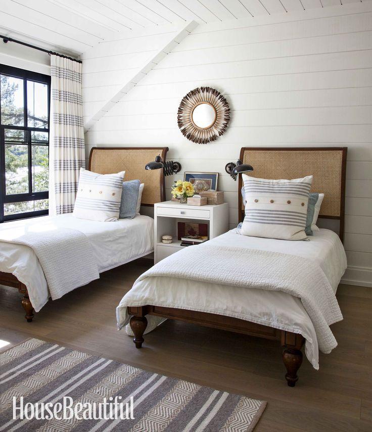 Rustic Masculine Bedroom Ideas: Best 25+ Modern Rustic Bedrooms Ideas On Pinterest