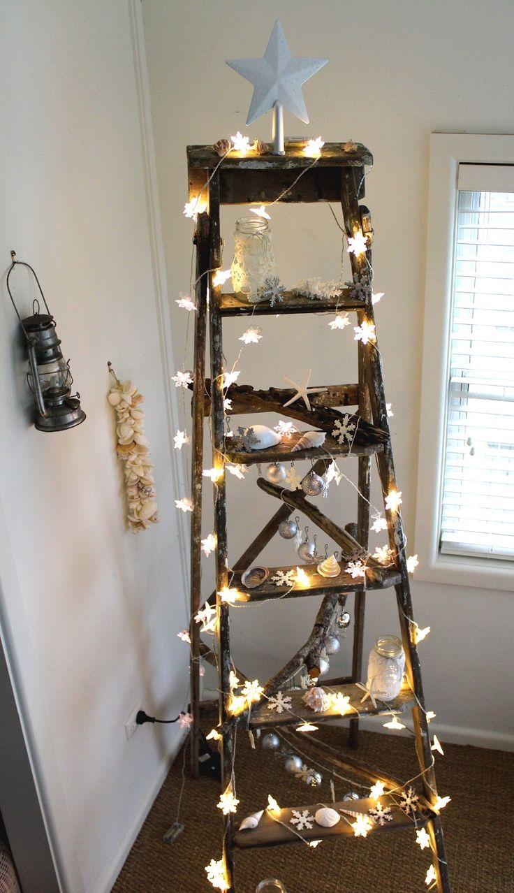 Coastal styling and craft ideas desire empire - Desire Empire A Coastal Christmas Ladder
