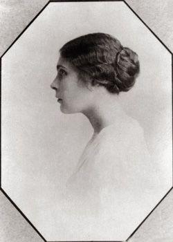 Репродукция портрета Лили Брик