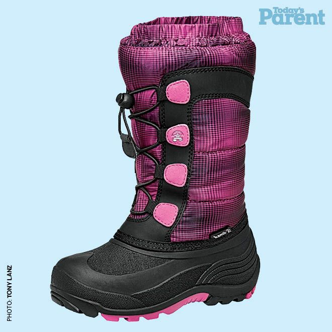 12 cozy winter boots for kids - Kamik moonracer boot, $65, raindropsto.com #TodaysParent #KidsWinterBoots