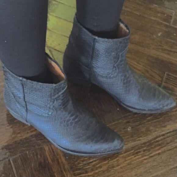 Zara boot 7 black Zara boot 7 black adorable Zara Shoes Ankle Boots & Booties