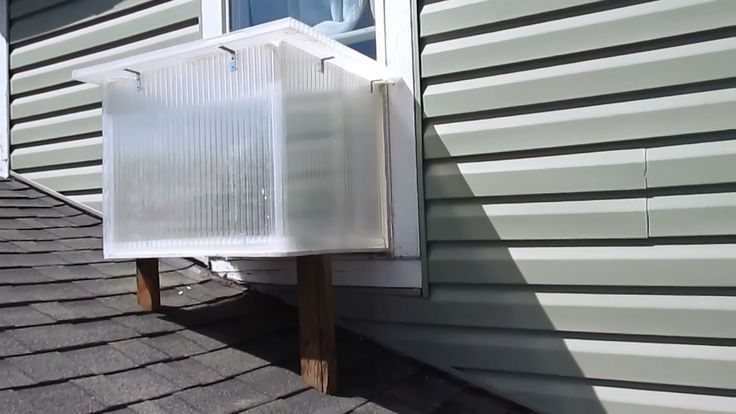 "How To Build A Window Box Solar Heater That Gives ""Free Heat"" All Winter & Doubles As A Solar Oven... - http://www.ecosnippets.com/alternative-energy/window-box-solar-heater/"