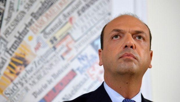 """Renzi e Berlusconi nel mirino della nuova Casa Popolare: Alfano """"sor Tentenna""""?"""