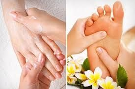 Think about how much stress your feet go through each day. Standing, running, jumping, and walking etc. Asides the fact that a foot massage feels great and is very relaxing, reflexologists believe that overall health begins in your feet and travels up. So visit our given link for this service.  www.neeya-thaimassage.co.uk  #TraditionalThaiMassage #ThaiOilMassage #ThaiRoyalMassage #ThaiHotHerbalCompressMassage #HeadNeckandShoulderMassage #SwedishAromatherapyMassage #FootMassage