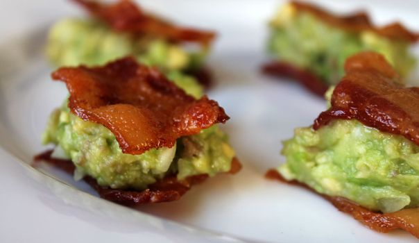 Appetizer--easy and YUMMY-sounding!    Guacamole-Topped Bacon Bites via The Ravenous Runner