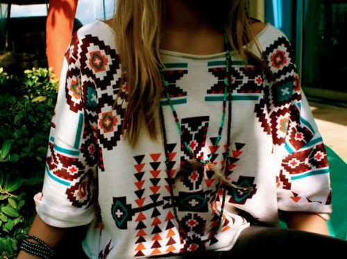 that sweater, I would wear it all the timeTribal Sweater, Fashion, Style, Aztec Prints, Aztec Shirt, Aztec Sweater, Tribal Prints, Dreams Closets, Native American