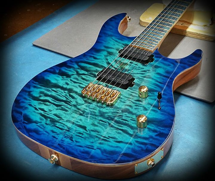 Carvin Guitars - DC600 Deep aqua burst over quilted maple top and ... : blue quilted maple - Adamdwight.com