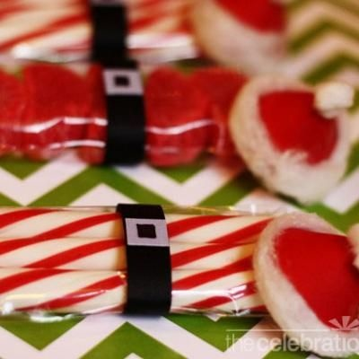 Santa Party Favors {Christmas Party Favors}Party Favors, Christmas Favors, Christmas Parties Favors, Gift Ideas, Santa Parties, Favors Christmas, Neighbor Gift, Christmas Ideas, Homemade Gift