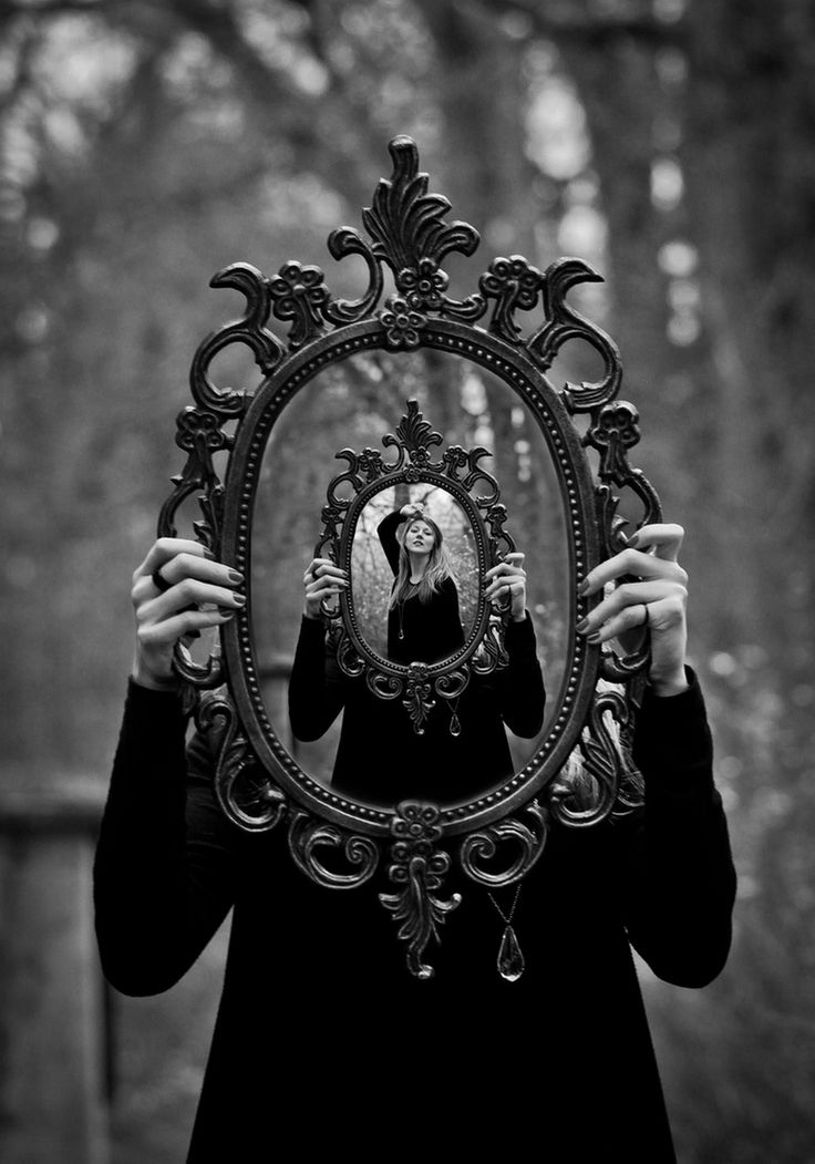 255 best through the looking glass images on pinterest for Syndrome miroir
