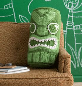 Perfect for a 70s themed house and a fun crochet pillow. Tiki Head Bolster - Media - Crochet Me