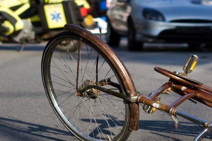 PAURA A CASAGIOVE. Investe una ragazza su una bici e poi scappa, è caccia al pirata a cura di Redazione - http://www.vivicasagiove.it/notizie/paura-a-casagiove-investe-una-ragazza-su-una-bici-e-poi-scappa-e-caccia-al-pirata/