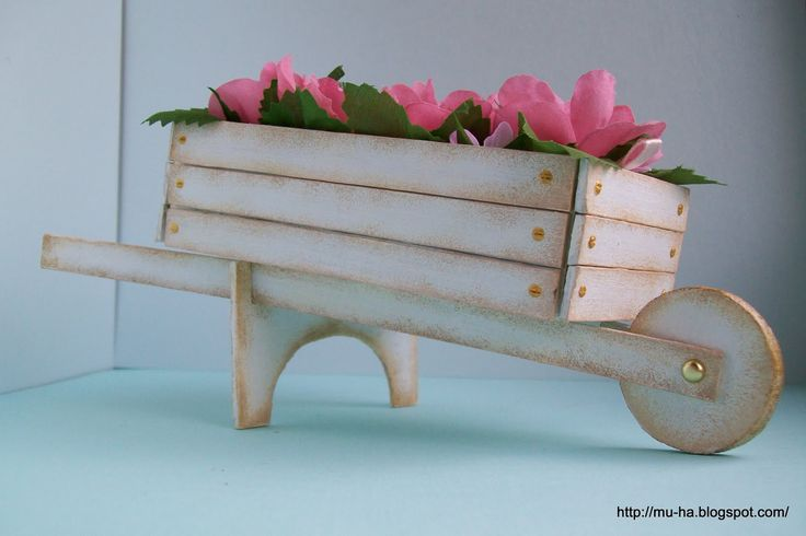 how to: miniature cart for florist's display