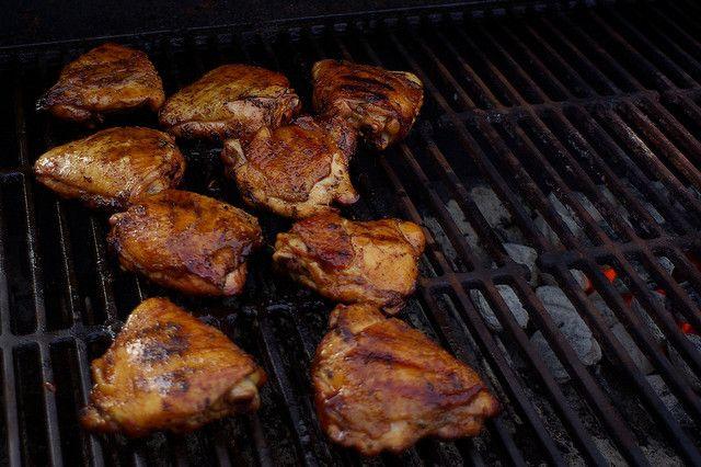 Recette Cuisses de poulet grillées à la citronnelle Đùi gà nướng xả, Dui ga nuong xa
