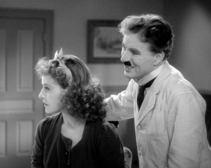 Paulette Goddard & Charlie Chaplin - The Great Dictator