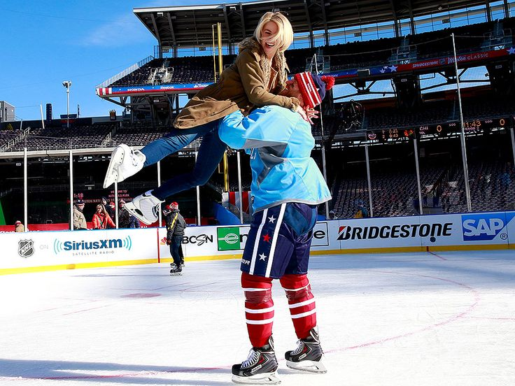 Julianne Hough and Boyfriend Brooks Laich Have a Skate Date