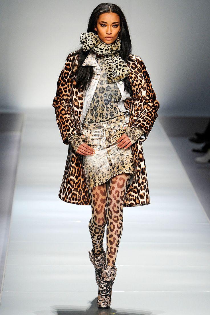 Blumarine Fall 2012 – Vogue