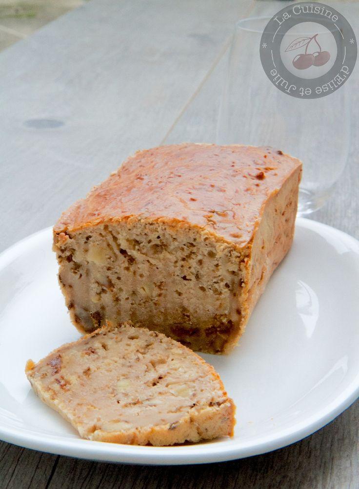 Cake aux raisins, fromage de chèvre et noix :: La cuisine d'Elise et Julie