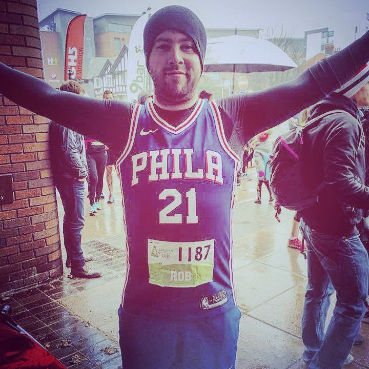 Before I somewhat coasted around a damp #Chester for the #chester10k yesterday.  Sprint finish to impress - wasnt about a time or #pb - but Ill be under an hour next year with ease... #trusttheprocess #running #nikerunning #sixers #embiid #embiid21 #phila #philly #phillyvseverybody #mevchester  Supported by my amazing girlfriend Emily too! Start and end