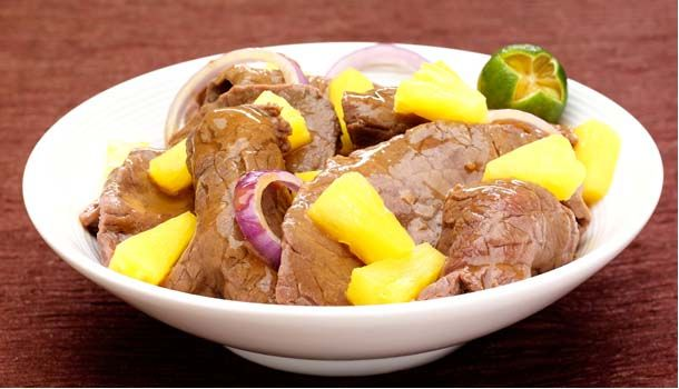 Piña Bistek - Pinoy Dish | Del Monte Philippines http://www.delmonte.ph/kitchenomics/recipe/pi%C3%B1a-bistek-pinoy-dish
