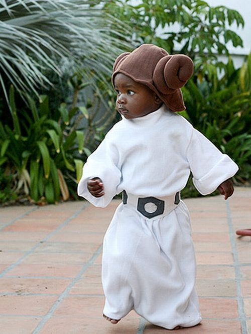Babies wearing Star Wars and Star Trek costumes. Cute )) (18 pics)  sc 1 st  Pinterest & 27 best Baby Halloween Costumes images on Pinterest | Holidays ...