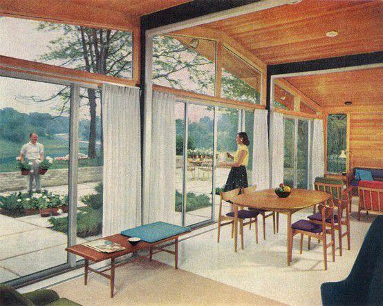 Funksjonalisme/funkis: Et tidsriktig rom fra begynnelsen av 60-tallet med teakmøbler og linoleum gulv. Legg merke til innslaget av farger. Her er det til og med innsalg av trendfargene turkis og lilla.