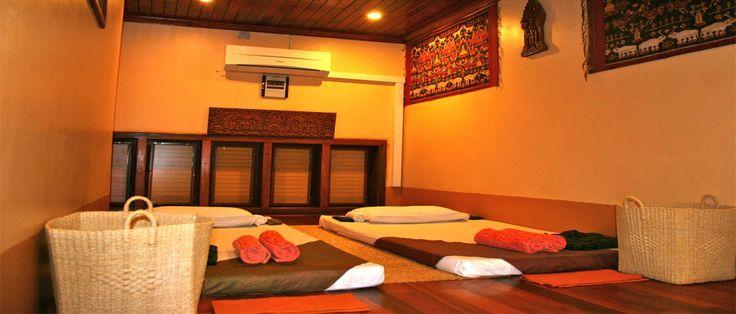 skanjana massage room decor