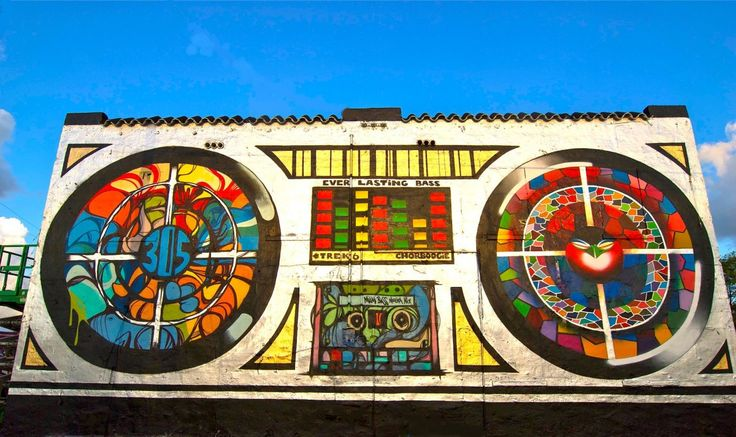 @ChorBoogie And @TrekSix Revive Wynwood Boombox Next To I-95 #miami via @huffingtonpostMIA
