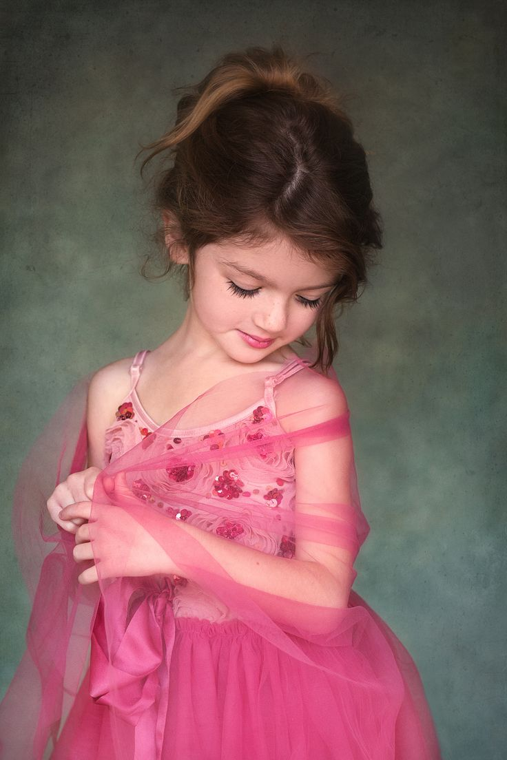 K Baby Model Pretty in pink ...
