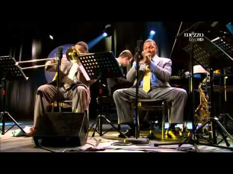 Wynton Marsalis - Jazz in Marciac 2009 - YouTube  > TIMEOUT from the dung n doo doo spew.