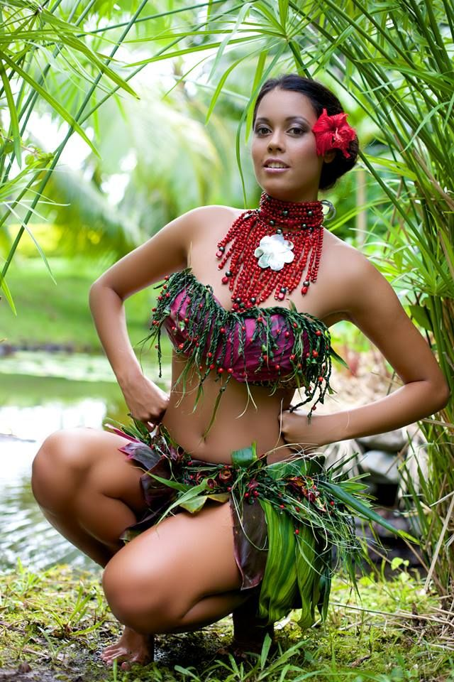 Girls hot polynesian chicks lee