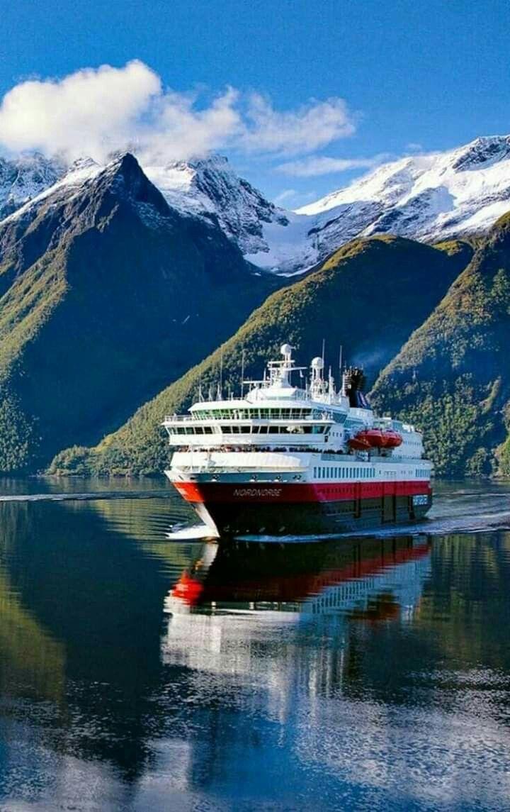 Pin By Markwell On Egy Alom Norway Cruise Scandinavian Cruises Cruise Ship
