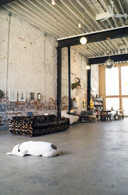 warehouse open feel: Discos Ball, Wareh Living, Open Spaces, Brick, Open Floors Plans, Loft, High Ceilings, Openspac, Industrial Design