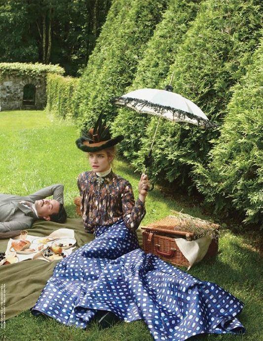 Natalia Vodianova 'The Custom of the Country ' US Vogue September 2012 by Annie Leibovitz. #EdithWharton