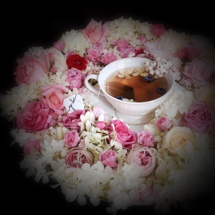 Roser og syrinhortensia fra hagen min...