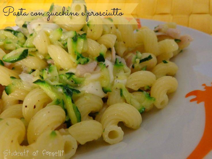 pasta con zucchine e prosciutto ricetta primo veloce