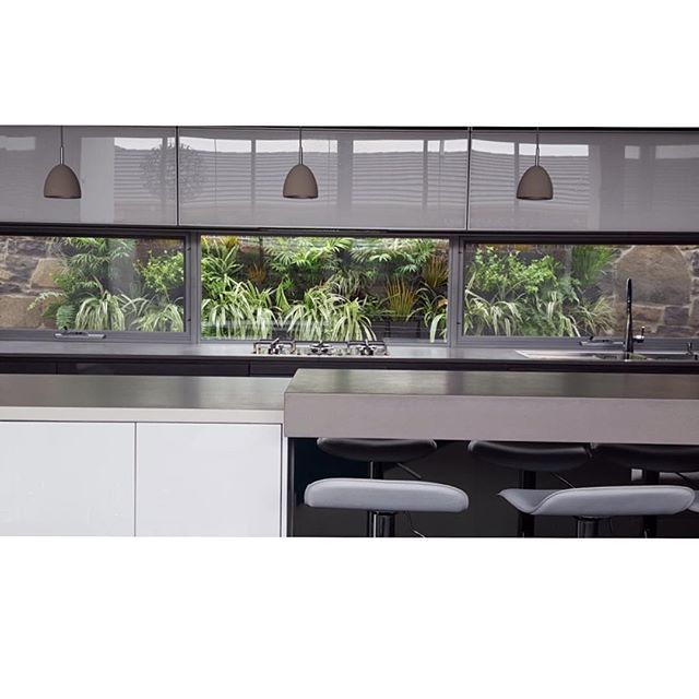 Kitchen Window From Outside: Love This Lush Vertical Garden Installed Outside This