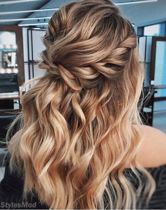 Half Up Bridal Frisur Ideen für einen klassischen Look. Über dem...  - Prom Frisuren
