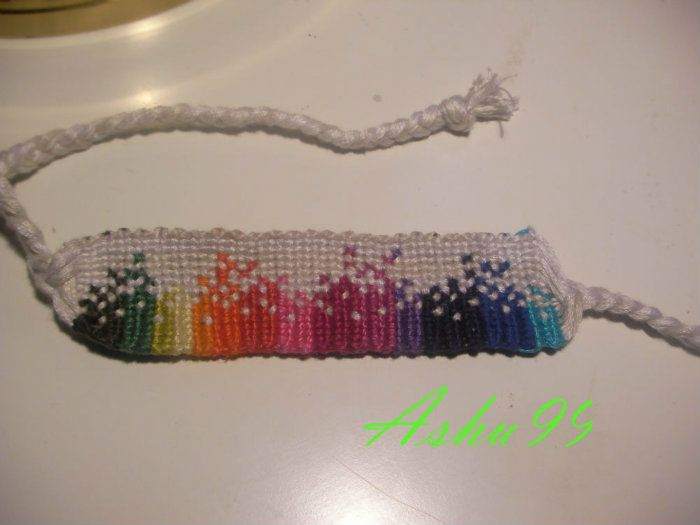 A45643 - friendship-bracelets.net